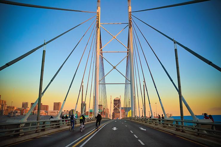 Johannesburg Nelson Mandela bridge.jpg