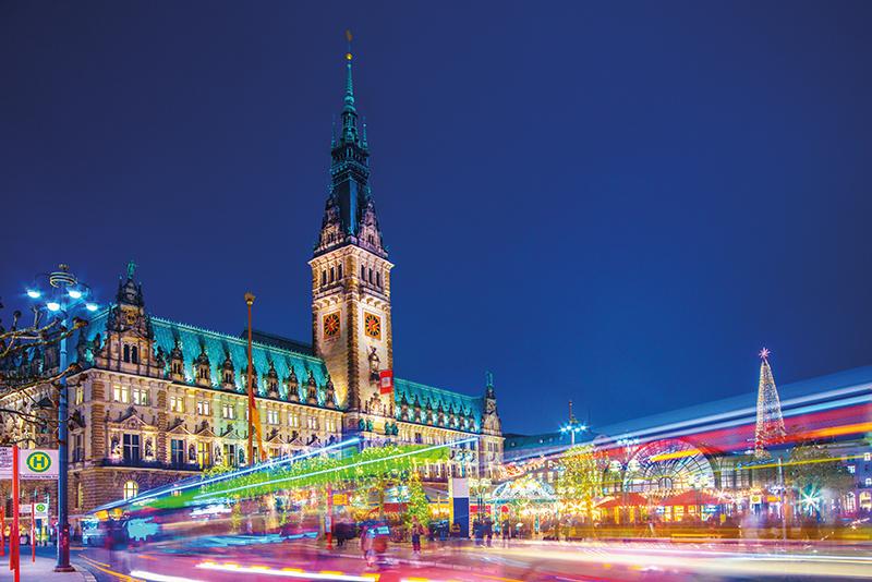 Hamburg Christmas market.jpg