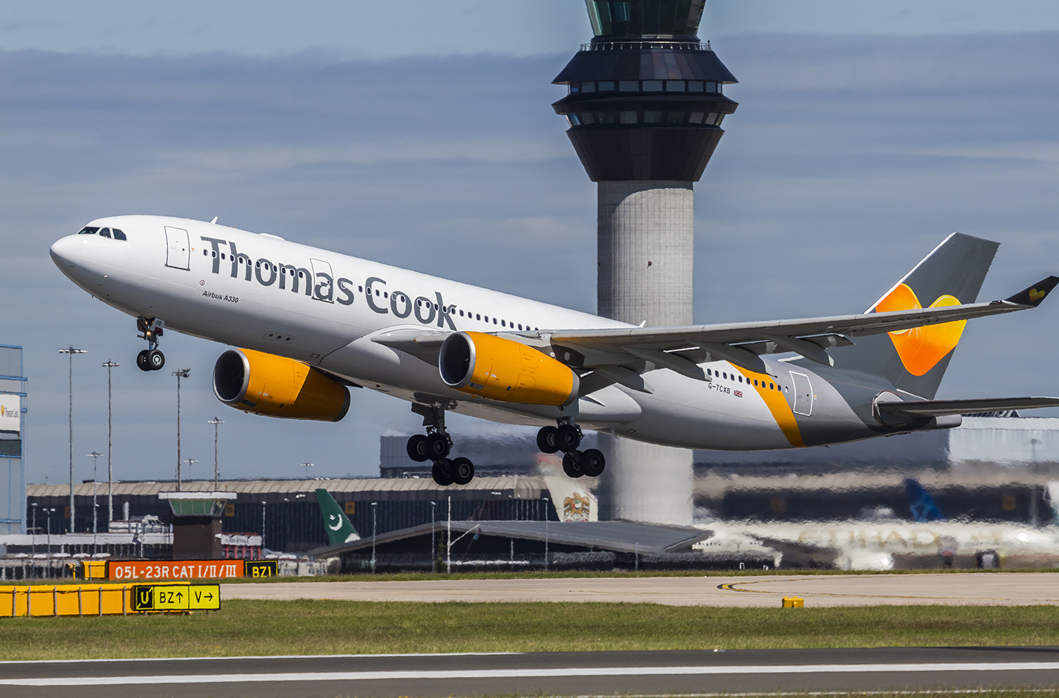 Thomas Cook northern Europe sold to consortium