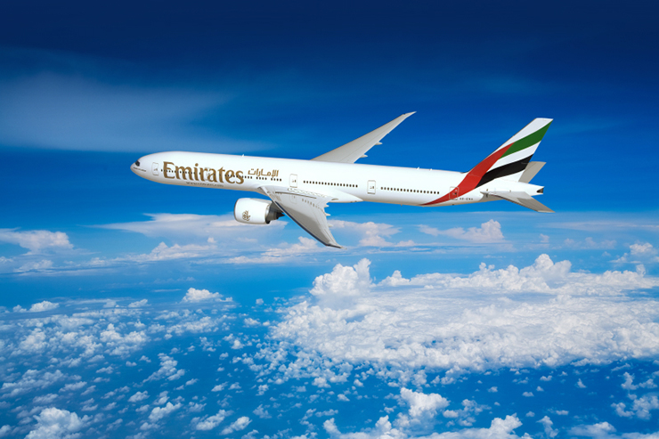 Emirates flies back into Manchester