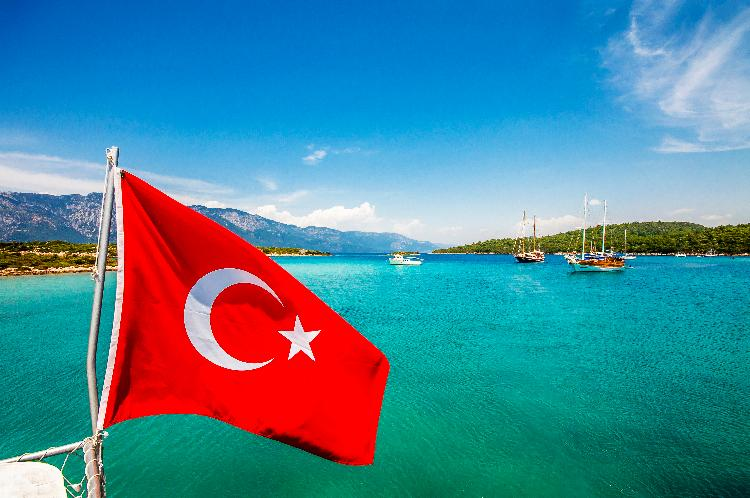 Turkey to suspend visa requirements for UK travellers