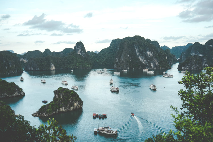 Vietnam chooses UK for first international tourism office