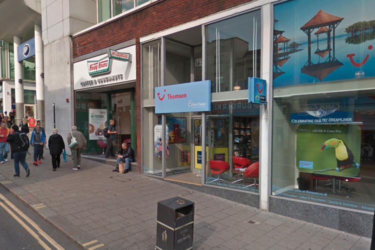 Tui staff unhurt after 'brazen' robber holds up Brighton store