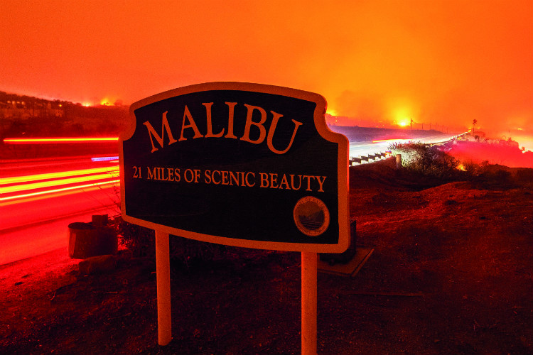 Malibu California SINGLE USE ONLY rexfeatures_9975730a.jpg