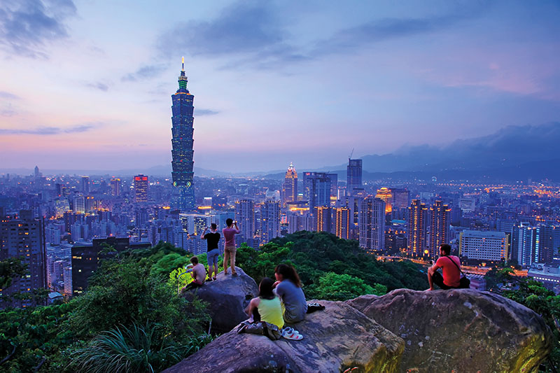 View of Taipei101 from Elephant Mountain.jpg