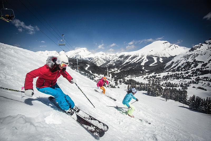 Affordable ski breaks in Canada