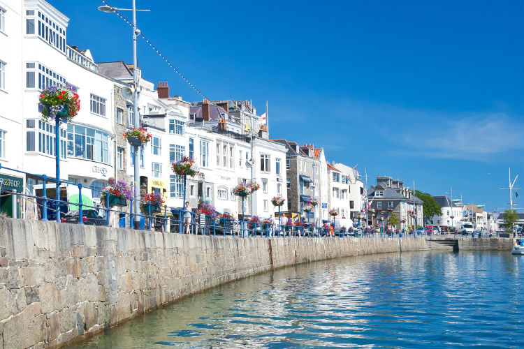 Guernsey to gain Southend and Liverpool links