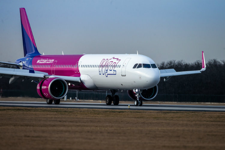 Wizz Air passengers numbers down nearly 36% in March