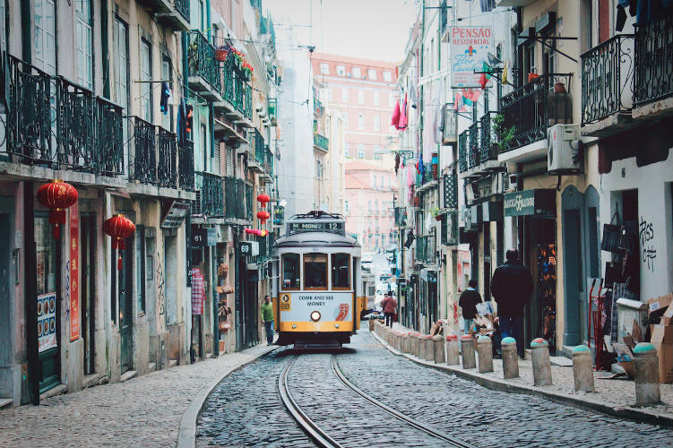 Jet2 to add Lisbon as summer 2020 city break destination