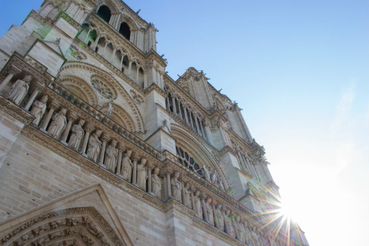 Paris Notre Dame Unsplash artistiq-dude-1310831-unsplash.jpg