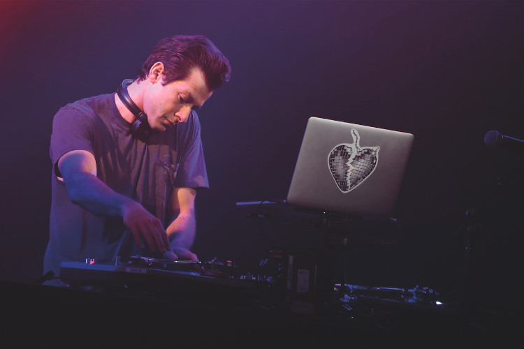 Mark Ronson to DJ Virgin Voyages party for 600 UK agents