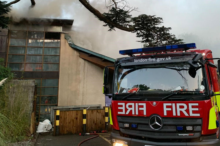 Richmond fire: Harbour Hotel suffers 'extensive roof damage'