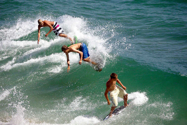 Three US surfing experiences making a splash