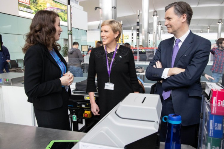 Heathrow to speed up security checks with new scanners