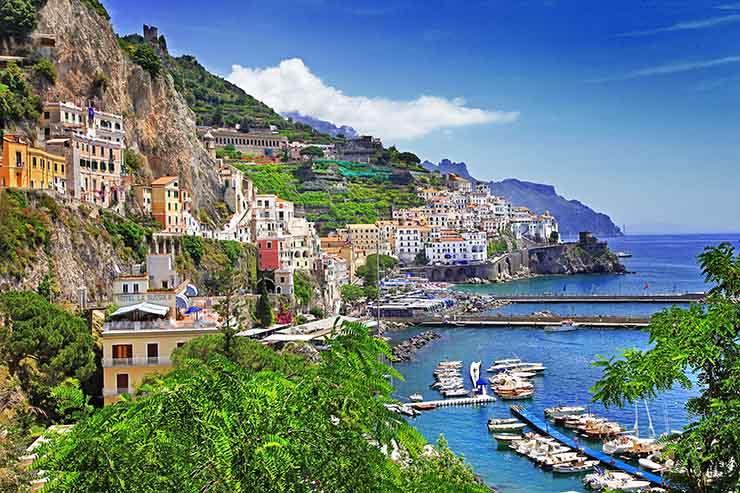 4. Neapolitan Splendours Tour