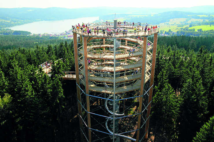 Nature, theatrics and family-friendly fun in the Czech region of Lipno