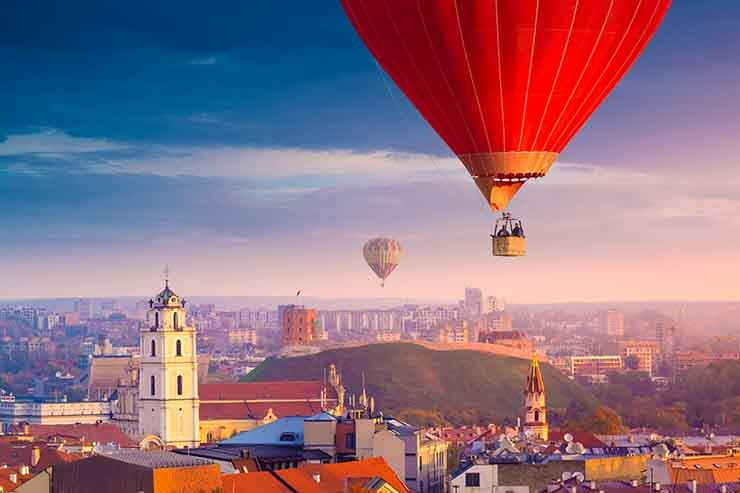 Vilnius hot air balloon.jpg