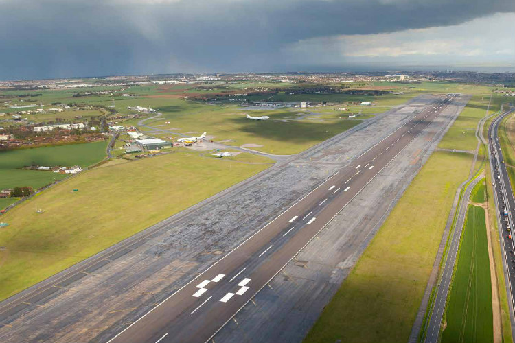 New Manston airport owners plan to resume short-haul operations