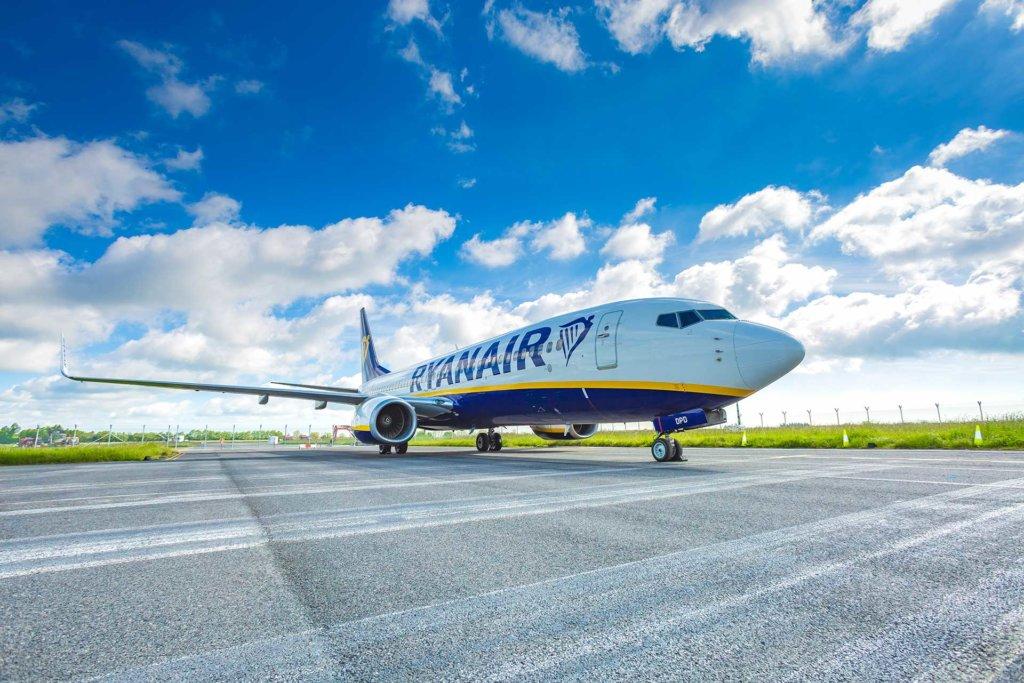 Ryanair reiterates base closure threat amid reduced profit forecast