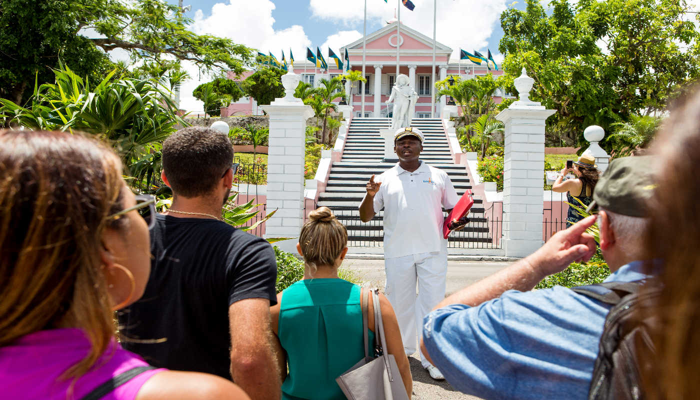 Savour old Nassau with a dining stroll