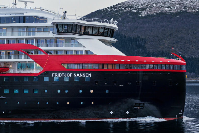 Hurtigruten suspends expedition sailings after Covid outbreak