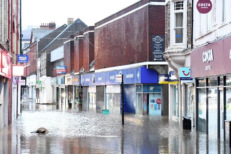 Storm Dennis: Tui Pontypridd shut after 'significant flooding'