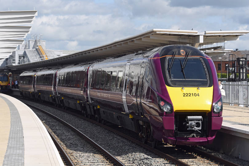 Luton airport welcomes plan for express train