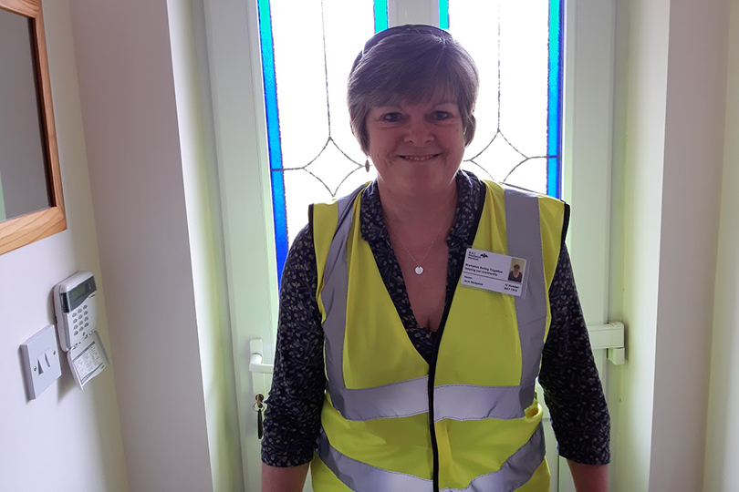 Meet lockdown volunteer and Travel Counsellor Jane Sedgwick