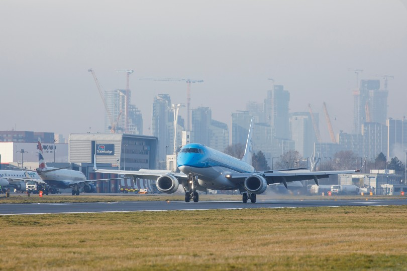 KLM to resume operations at London City airport