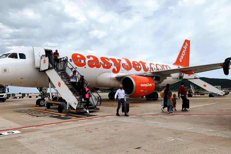 easyJet hopes to entice customers with its Covid test offer