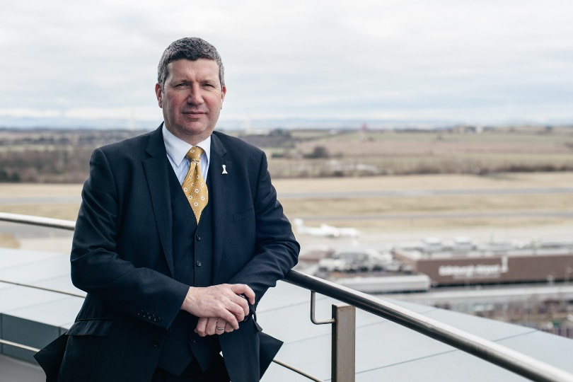 """Edinburgh airport's Gordon Dewar says nobody in aviation has """"advocated trading lives for the economy"""""""