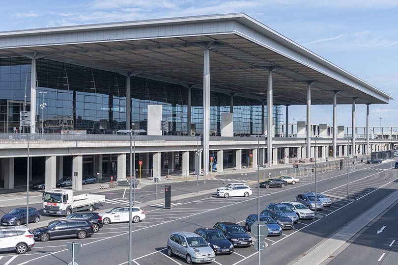 Berlin celebrates launch of new airport