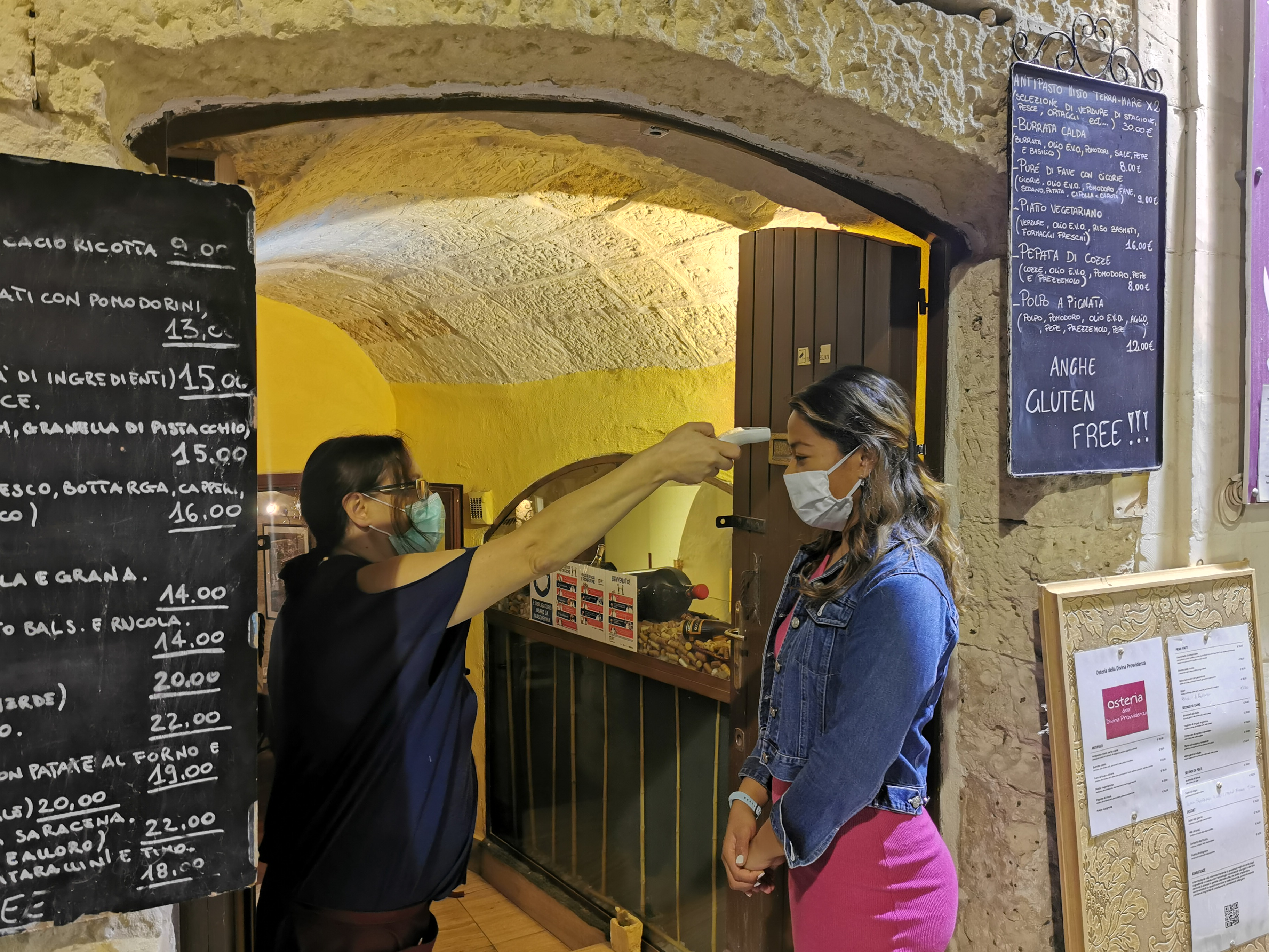 Temperature checks are carried out before entering osterias and hotels