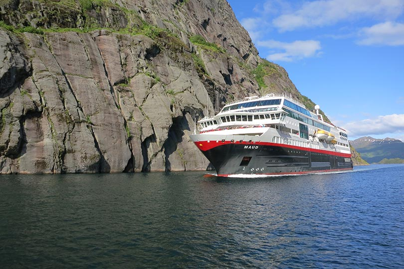 Hurtigruten launches Dover 2022-23 season