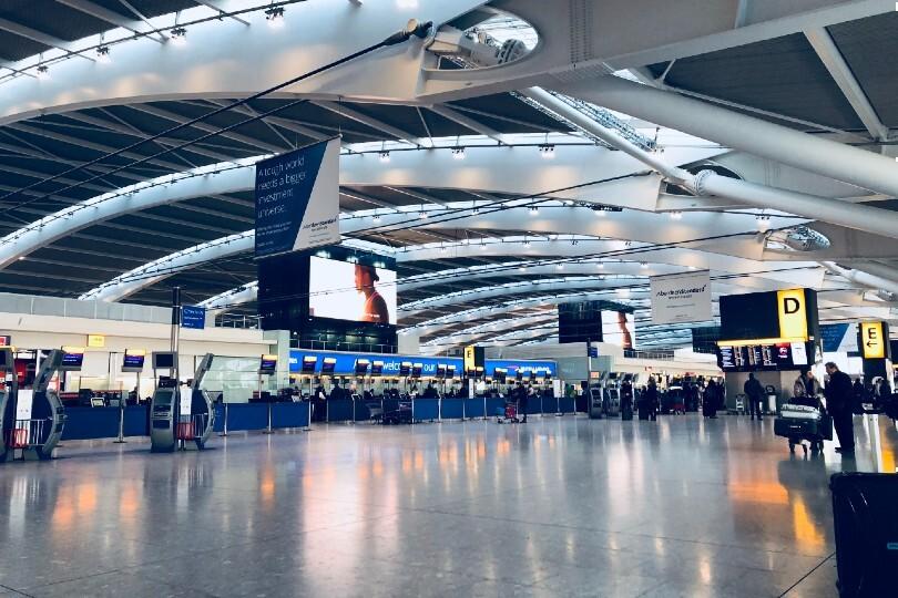 Arrivals at Heathrow may face long queues (Pic: Belinda Fewings / Unsplash)