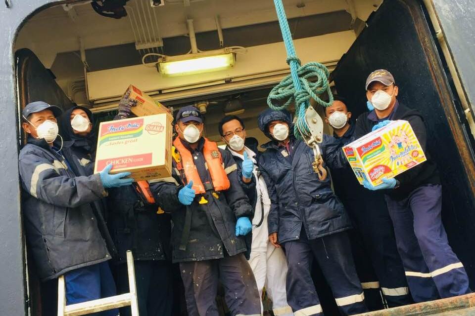 Crew of CMV's Vasco da Gama receive support from Sailors' Society