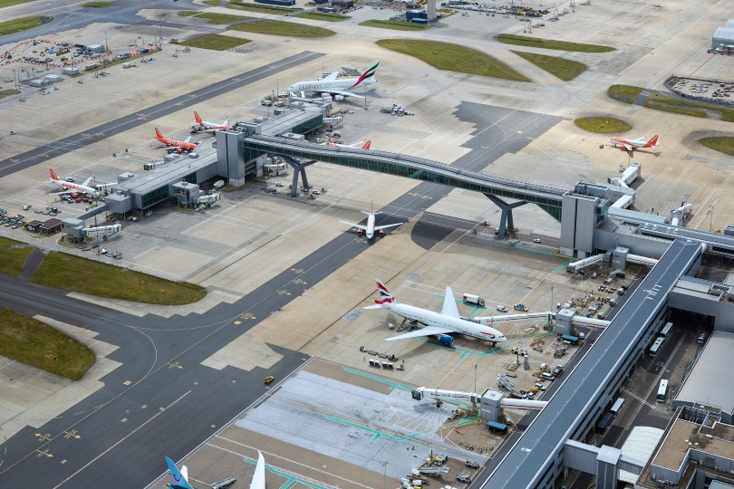 Gatwick reveals dire impact of Covid crisis last year