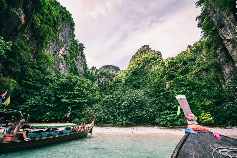 Thailand's borders are currently shut to international leisure travellers (Credit: Sebastian Pichler / Unsplash)