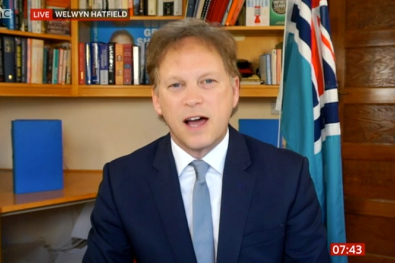 Shapps: 'I'm no longer advising people against booking holidays'