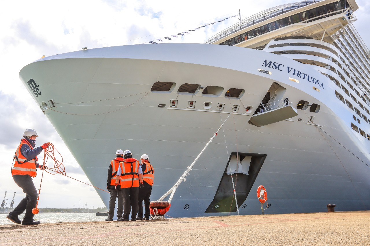 MSC chiefs thank trade during Virtuosa's Southampton arrival