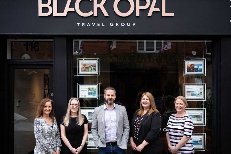 The Black Opal team (L-R): Keri Gee, Kathryn Morris, Jamie Smith, Louise Vernon and Alex Taylor