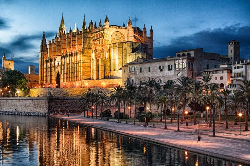 Palma's La Seu Cathedral is one of the city's major attractions (Credit: FTPM365. Photo by Ernest Llofriu Palou)