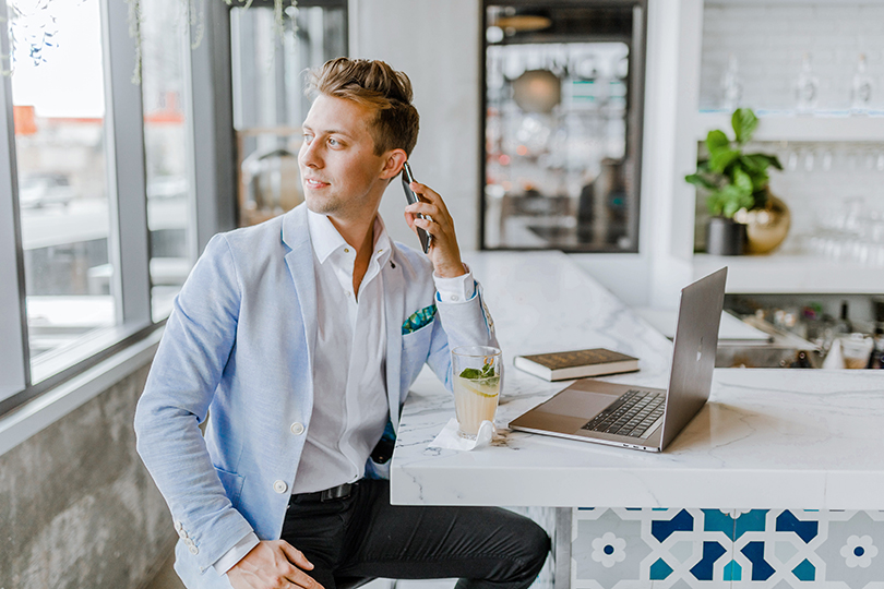Agents can now work from anywhere (credit: Austin Distel, Unsplash)