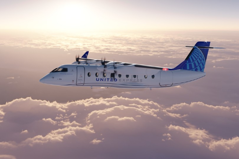 United plots course to electric passenger flights by 2026