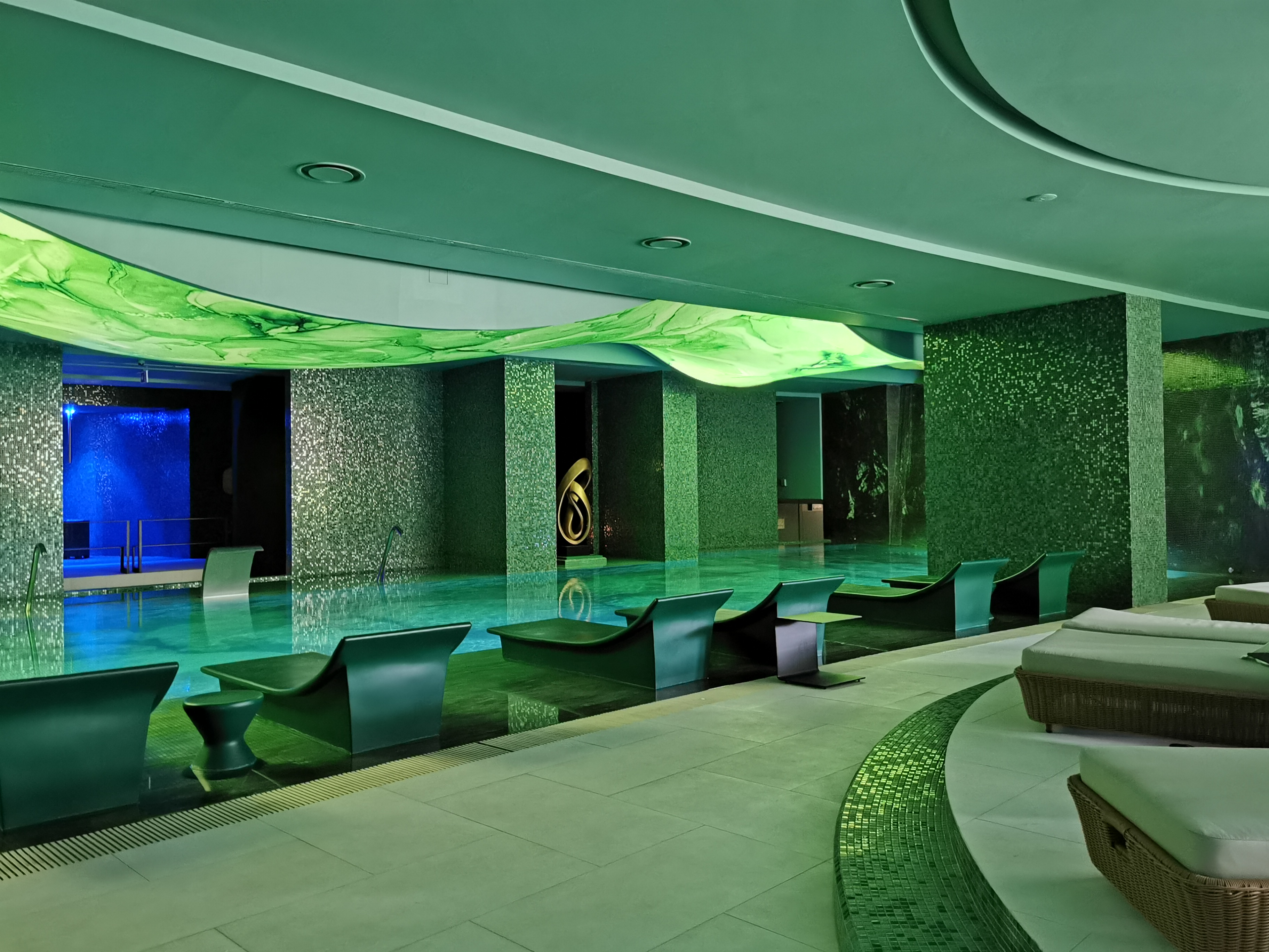 Inside the Laurea Spa at the Savoy Palace