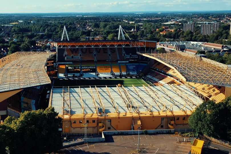 Royal Caribbean to sponsor Premier League Wolves
